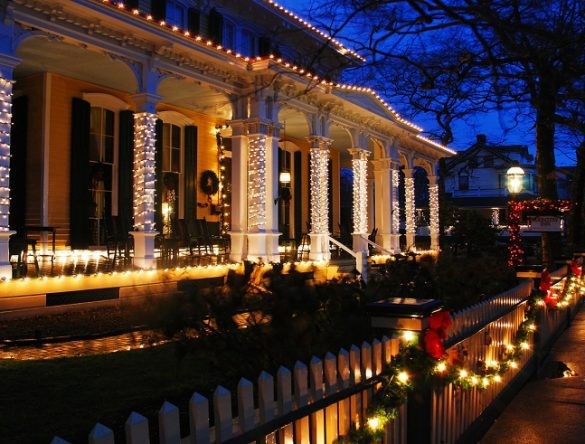 Design Tips For Your Outdoor Christmas Lights